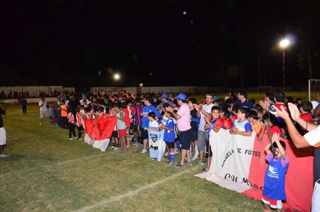"""Más de 400 chicos disfrutaron del Primer Torneo """"Domingo Catena 2014"""""""