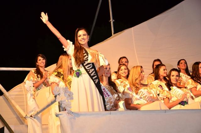 Zamira I participó en la Bendición de los Frutos y el Baile de las Reinas