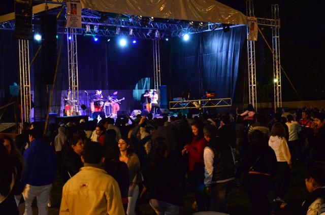 """Exitosa edición del Festival """"Entre Tonadas y Sopapipillas"""""""