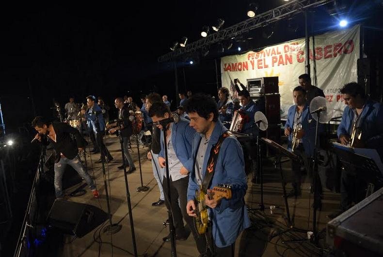 Rodríguez Peña celebró la XII edición del Festival del Jamón y el Pan Casero