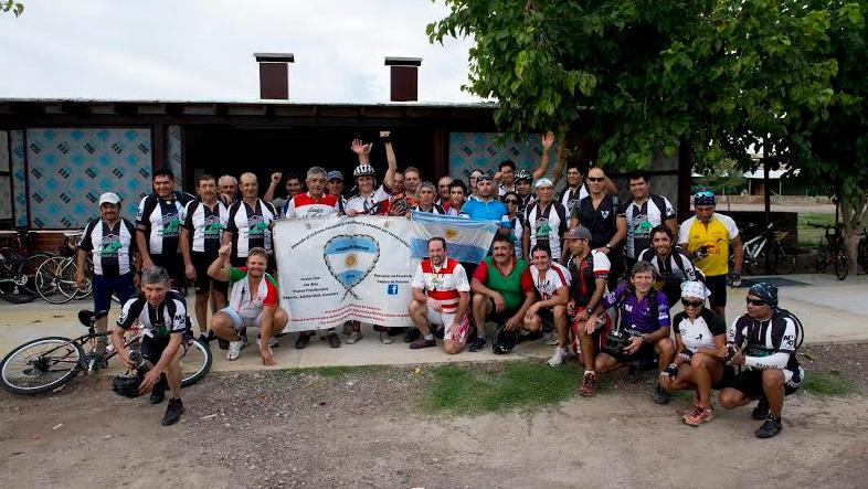 Ciclistas solidarios pasaron por Junín