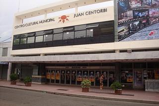fachada del cine ducal