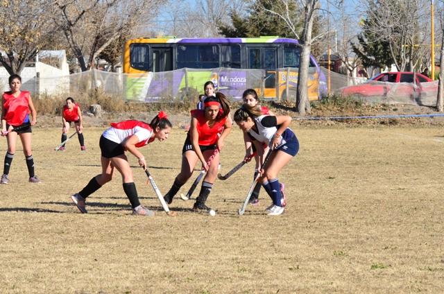 Hockey en Cumelén
