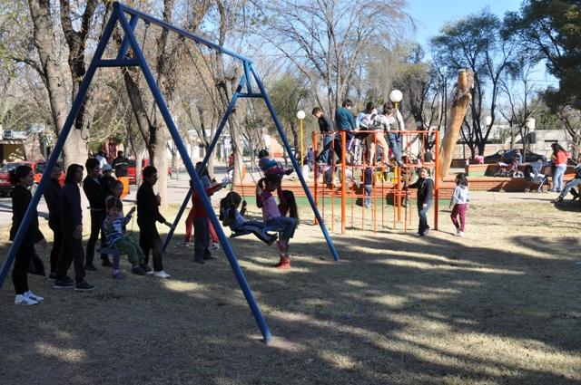 Quedó reinaugurada la Plaza del Bº San Martín de Rivadavia