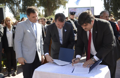 Importantes anuncios del gobernador en el acto aniversario del fallecimiento de San Martín