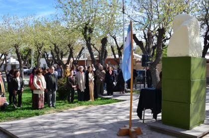 Acto por el Día del Maestro en Rivadavia