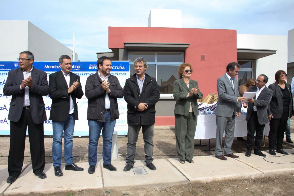 Se inauguró el Barrio Estela Maldonado en Buen Orden