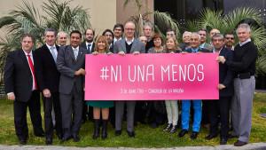 El Hospital Saporiti y Ministros de Salud de todo el país se sumaron a la campaña contra el femicidio