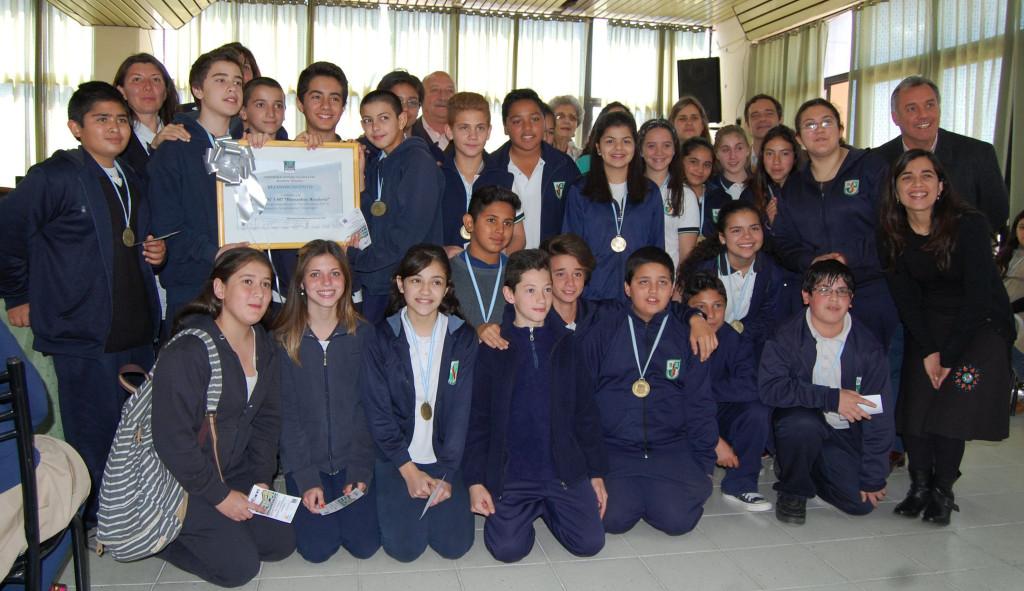 Reconocimiento para alumnos de las escuelas Bernardino y Chavarría