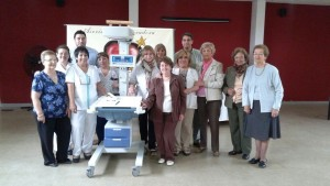 La Cooperadora del Saporiti entregó una Servocuna a Neonatología