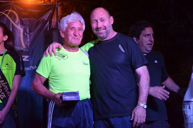 Gustavo Pinto y el reconocido atleta Alfredo Maravilla
