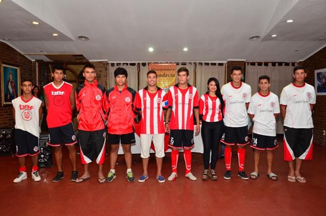 Prentacion oficial del Club La Libertad