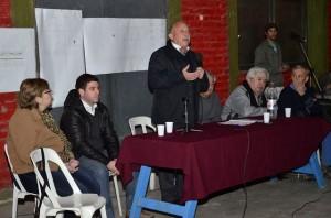 Ronco anunció obras para la Unión Vecinal del Barrio Lencinas